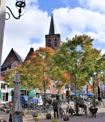 The 'Groenmarket square' in Amersfoort is located in the heart of the city center. Many monumental buildings, restaurants and cafés are on this square, at the foot of the Saint Jorischurch