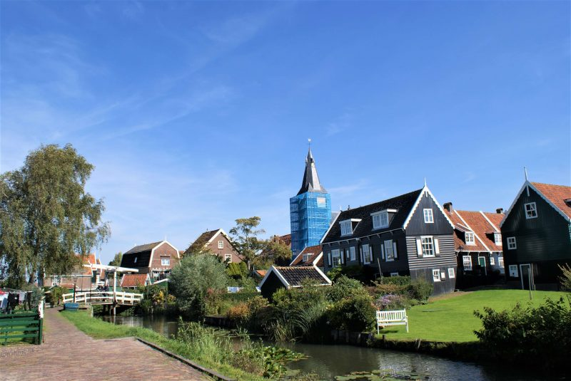 The reformed church with a number of Marker houses and a wooden drawbridge